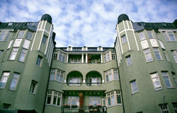 apartementbyggnadsgreen Royaltyfria Foton
