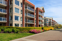 Free Apartment Building Royalty Free Stock Photos - 40351928