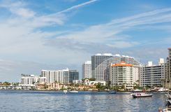 Free Apartment Buildings And Boats In Ft Lauderdale Stock Photos - 109713203