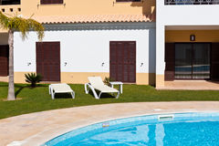 Apartment house with swimming pool Royalty Free Stock Images