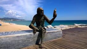 Apaskulptur i Badalona, Spanien royaltyfria bilder