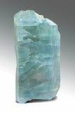 Apatite μπλε μακροεντολή κρυστάλλου - ημιπολύτιμη πέτρα Στοκ φωτογραφία με δικαίωμα ελεύθερης χρήσης