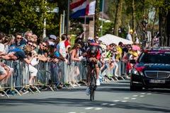 Apeldoorn, 6 de mayo de 2016 holandés; Ciclista profesional durante la primera fase del viaje de Italia 2016 imagen de archivo libre de regalías