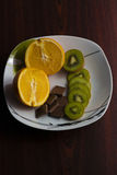 Apelsin kiwi, choklad Royaltyfri Bild