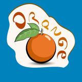 Apelsin med titeln på etiketten Klistermärke med ecoprodukten och Arkivfoto