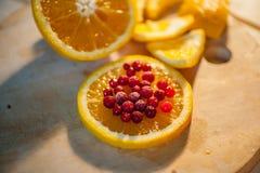 apelsin med tranbär Arkivbild