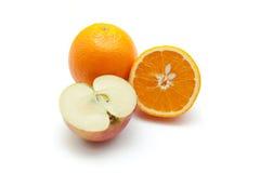 Apelsin- och äppleskiva Arkivbilder