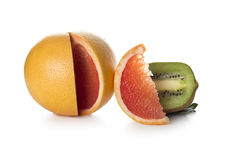 Apelsin och kiwi Arkivbilder
