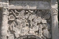 Apelsin Roman Arch royaltyfria bilder