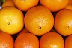 Apelsiner på räknaren, närbild arkivbild