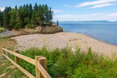 Apenas alguma praia no lado da estrada Foto de Stock