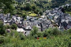 Aperçu de la ville de Monschau photos libres de droits