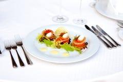 Alimento piatto caviale e pesce dell 39 aperitivo for Uova di pesce rosso