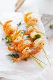 Aperitivo del kebab de la gamba o del camarón Foto de archivo libre de regalías