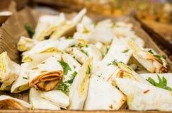 Aperitivo del pane della pita su una tavola di buffet Fotografia Stock