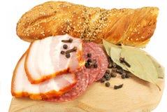 Aperitivos de la carne y del pan fumados Imágenes de archivo libres de regalías