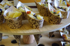 Aperitivos del queso para la hora feliz Imagen de archivo libre de regalías