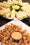 Aperitivos deliciosos del alimento de dedo Foto de archivo libre de regalías