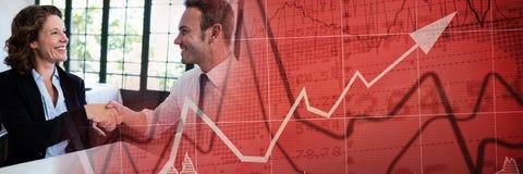Aperto de mão do negócio com transição vermelha do gráfico da finança Imagem de Stock