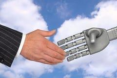 Aperto de mão do robô da tecnologia da reunião Fotografia de Stock
