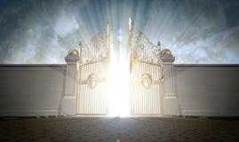 Apertura de las puertas de los cielos Fotos de archivo libres de regalías
