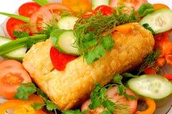 Apetyczny mięsny kulebiak z warzywami fotografia royalty free