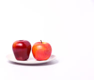 Apfel mit zwei Rottönen Lizenzfreies Stockfoto