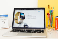 APFEL-Uhrgesichter Apple-Computer Website Präsentations Lizenzfreie Stockbilder