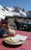Apfelkuchen in den Bergen Stockbild
