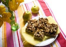 Apfelkuchen mit Streusel Stockfotos