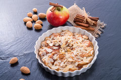 Apfelkuchen mit zimt Stockbild