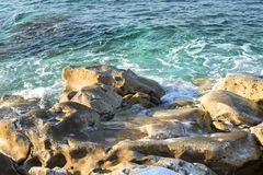 aphrodite τόπος γεννήσεως Κύπρος κοντά στα κύματα tou romiou βράχου PETRA paphos Στοκ Φωτογραφία
