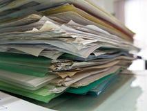 Apilado de los documentos de papel Foto de archivo libre de regalías