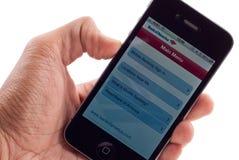 Aplicação bancária do iPhone 4 de Apple Fotografia de Stock