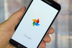 Aplicação das fotos de Google Imagens de Stock Royalty Free