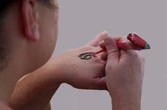 Aplicação de Mehndi Henna Tattoo Imagens de Stock Royalty Free