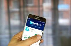 Aplicação do androide de ExecSense em Samsung S7 Fotografia de Stock