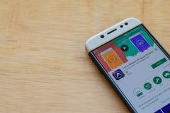 Aplicação do colaborador do impulsionador da velocidade do Líquido de limpeza-DU do esconderijo na tela de Smartphone fotografia de stock