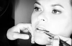 Aplicación del lápiz labial Imágenes de archivo libres de regalías