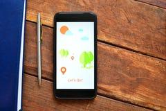 Aplicación móvil para buscar para la información sobre Internet foto de archivo libre de regalías
