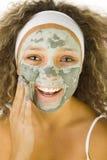 Aplicación de la máscara verde Imágenes de archivo libres de regalías