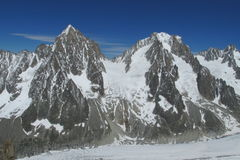 Apline δύσκολο και βουνό χιονιού Montblanc, Chamonix Στοκ φωτογραφία με δικαίωμα ελεύθερης χρήσης