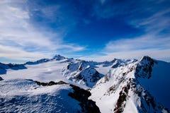 Apls e céu azul foto de stock