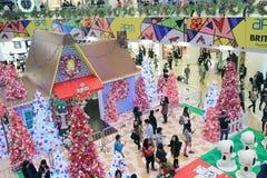 APM圣诞节爱窥探者装饰在香港 库存图片