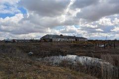 Apocalyps op het landbouwbedrijf Stock Foto's