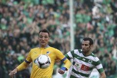 Apoel εναντίον του ποδοσφαίρου Omonoia Κύπρος Στοκ Εικόνες
