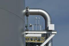 Apoio de tubulação para o tanque de água Fotos de Stock Royalty Free