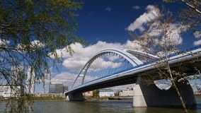 Apollo Bridge, Bratislava, Slovacchia fotografia stock
