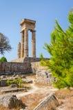 Apollo fördärvar på Rhodes i vertikal sikt Fotografering för Bildbyråer
