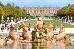 Apollo Fountain en de tuinen van het Paleis van Versailles royalty-vrije stock foto